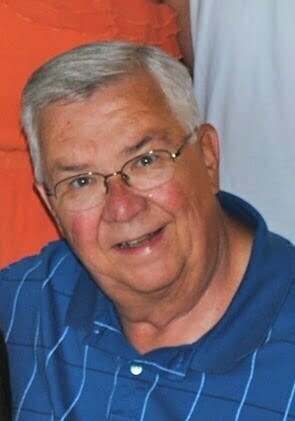 James Nischik
